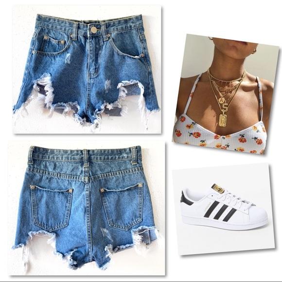 PrettyLittleThing Pants - Pretty Little Thing Destroyed Denim Shorts SZ 2